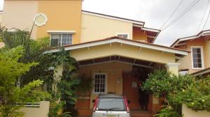 Casa En Venta En San Miguelito, Villa Lucre, Panama, PA RAH: 17-1306