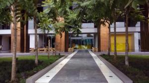 Apartamento En Alquiler En Panama, Avenida Balboa, Panama, PA RAH: 17-5018