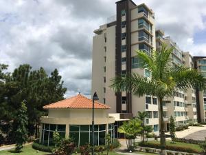 Apartamento En Ventaen Panama, Albrook, Panama, PA RAH: 17-5233