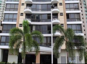 Apartamento En Ventaen Panama, San Francisco, Panama, PA RAH: 17-5460