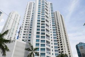 Apartamento En Ventaen Panama, Costa Del Este, Panama, PA RAH: 17-5469