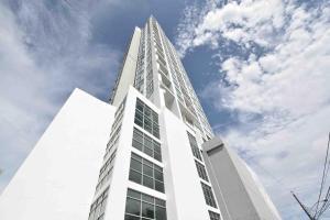 Apartamento En Ventaen Panama, San Francisco, Panama, PA RAH: 17-5472