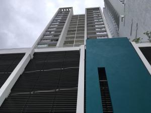 Apartamento En Alquileren Panama, 12 De Octubre, Panama, PA RAH: 17-5513