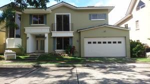 Casa En Alquileren Panama, Clayton, Panama, PA RAH: 17-5838