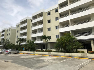 Apartamento En Alquileren Panama, Altos De Panama, Panama, PA RAH: 17-5855