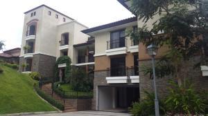 Apartamento En Alquileren Panama, Clayton, Panama, PA RAH: 17-5902