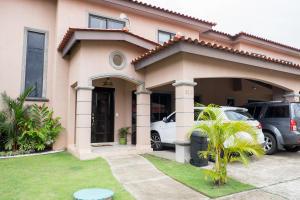 Casa En Ventaen Panama, Versalles, Panama, PA RAH: 17-6101
