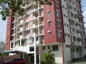 Apartamento En Alquileren Panama, 12 De Octubre, Panama, PA RAH: 17-6017