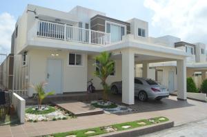 Casa En Ventaen Panama, Brisas Del Golf, Panama, PA RAH: 17-6100