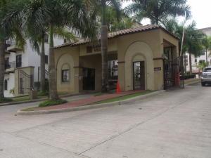 Apartamento En Alquileren Panama, Albrook, Panama, PA RAH: 17-6279