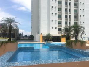 Apartamento En Alquileren Panama, Condado Del Rey, Panama, PA RAH: 17-6584