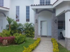 Casa En Alquileren Panama, Versalles, Panama, PA RAH: 17-6674