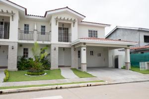 Casa En Alquileren Panama, Versalles, Panama, PA RAH: 17-6675
