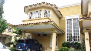 Casa En Alquileren Panama, Condado Del Rey, Panama, PA RAH: 17-6687