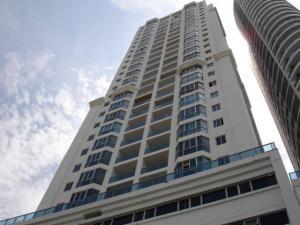 Apartamento En Alquileren Panama, San Francisco, Panama, PA RAH: 17-6836