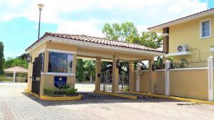 Casa En Alquileren Panama, Chanis, Panama, PA RAH: 17-7000