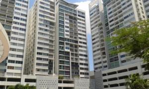 Apartamento En Alquileren Panama, 12 De Octubre, Panama, PA RAH: 17-7005