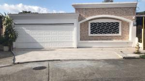 Casa En Ventaen Panama, Altos De Panama, Panama, PA RAH: 17-7018