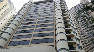 Apartamento En Ventaen Panama, Obarrio, Panama, PA RAH: 18-84