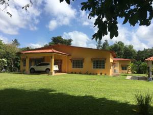Terreno En Alquileren Capira, Campana, Panama, PA RAH: 18-125