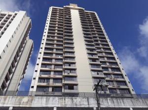 Apartamento En Alquileren Panama, 12 De Octubre, Panama, PA RAH: 18-148