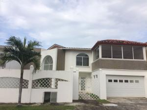 Apartamento En Ventaen Panama, Parque Lefevre, Panama, PA RAH: 18-177