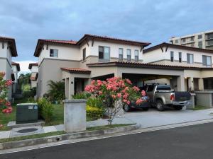 Casa En Alquileren Panama, Panama Pacifico, Panama, PA RAH: 18-241