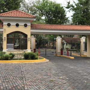 Casa En Alquileren Panama, Clayton, Panama, PA RAH: 18-274
