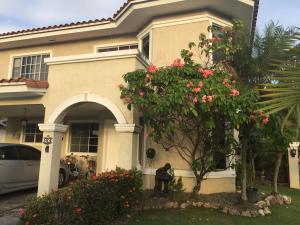 Casa En Alquileren Panama, Costa Del Este, Panama, PA RAH: 18-349