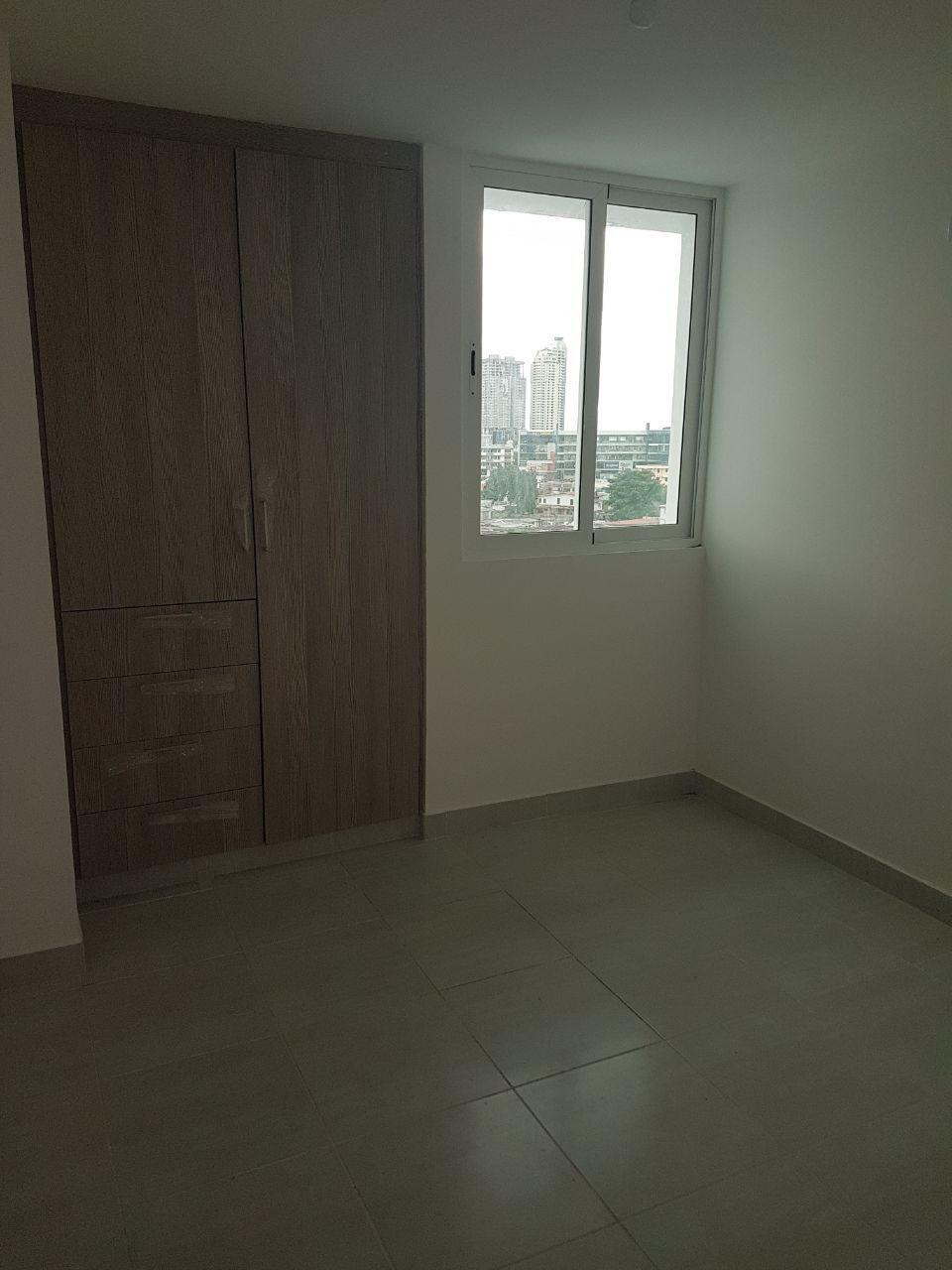 Apartamento En Venta En Panama En Via Espana - Código: 18-513