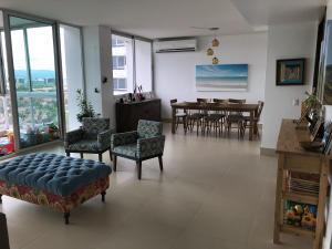 Apartamento En Ventaen Panama, Costa Del Este, Panama, PA RAH: 18-156