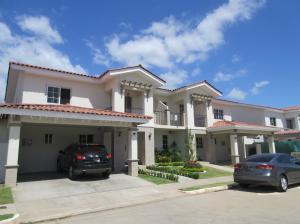 Casa En Alquileren Panama, Versalles, Panama, PA RAH: 18-806