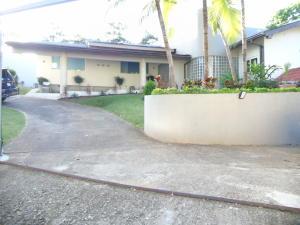 Casa En Ventaen Panama, La Cresta, Panama, PA RAH: 18-888