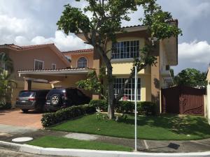 Casa En Alquileren Panama, Chanis, Panama, PA RAH: 18-912