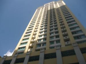 Apartamento En Alquileren Panama, San Francisco, Panama, PA RAH: 18-967