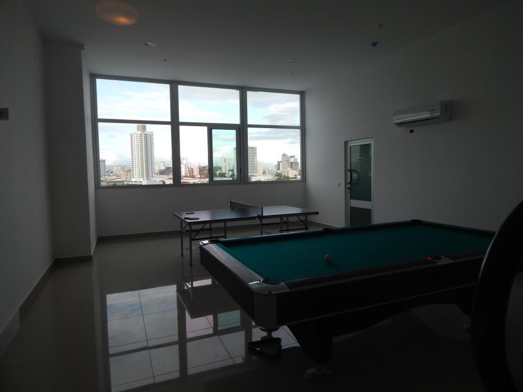 Apartamento En Alquiler En Panama En El Carmen - Código: 19-5914