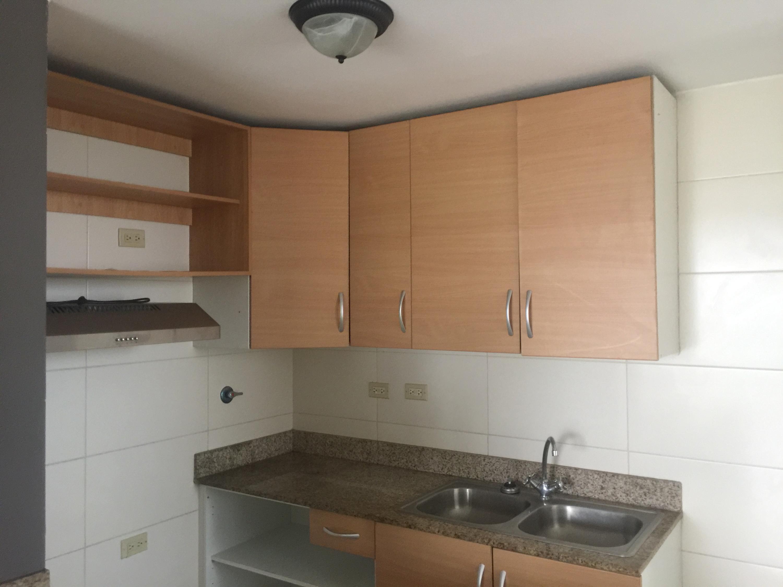 Apartamento En Alquiler En Panama En Rio Abajo - Código: 19-5918