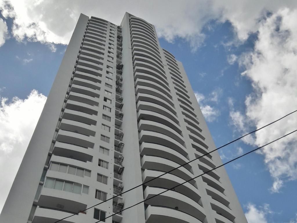 Apartamento En Alquiler En Panama En San Francisco - Código: 19-5922