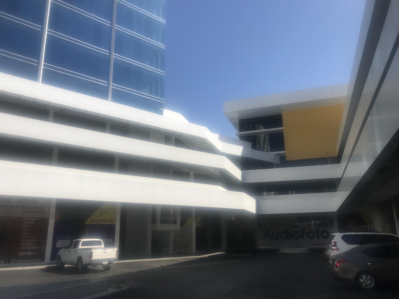 Local comercial En Alquiler En Panama En Bellavista - Código: 19-5926