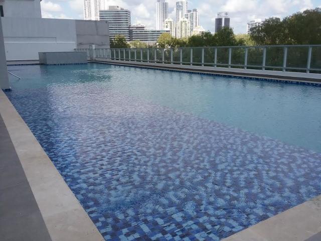 Apartamento En Alquiler En Panama En Costa del Este - Código: 19-10021