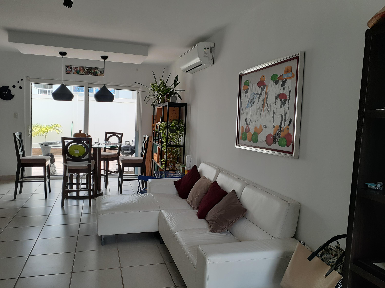 Casa En Alquiler En Panama En Brisas Del Golf - Código: 19-10018