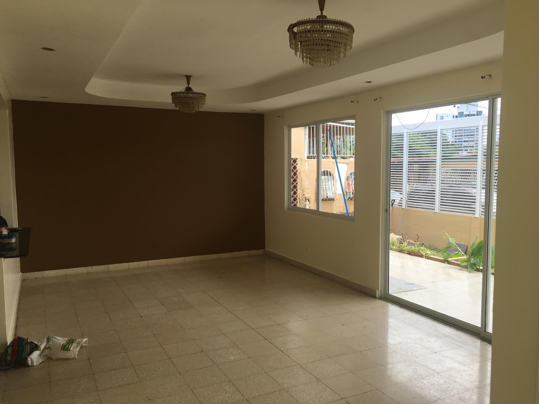 Casa En Alquiler En Panama En Rio Abajo - Código: 19-10033