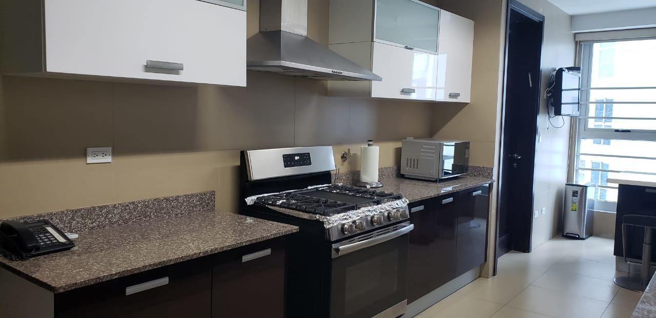 Apartamento En Alquiler En Panama En Punta Pacifica - Código: 19-10039
