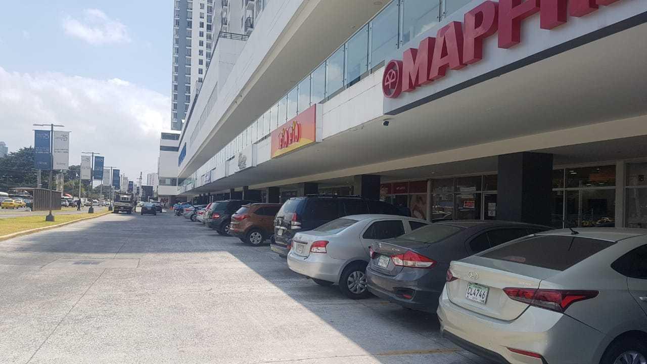 Local comercial En Alquiler En Panama En Parque Lefevre - Código: 19-10052