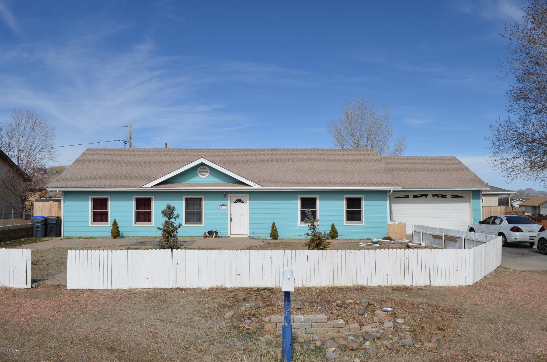 8696 E Apache Drive, Prescott Valley, Arizona