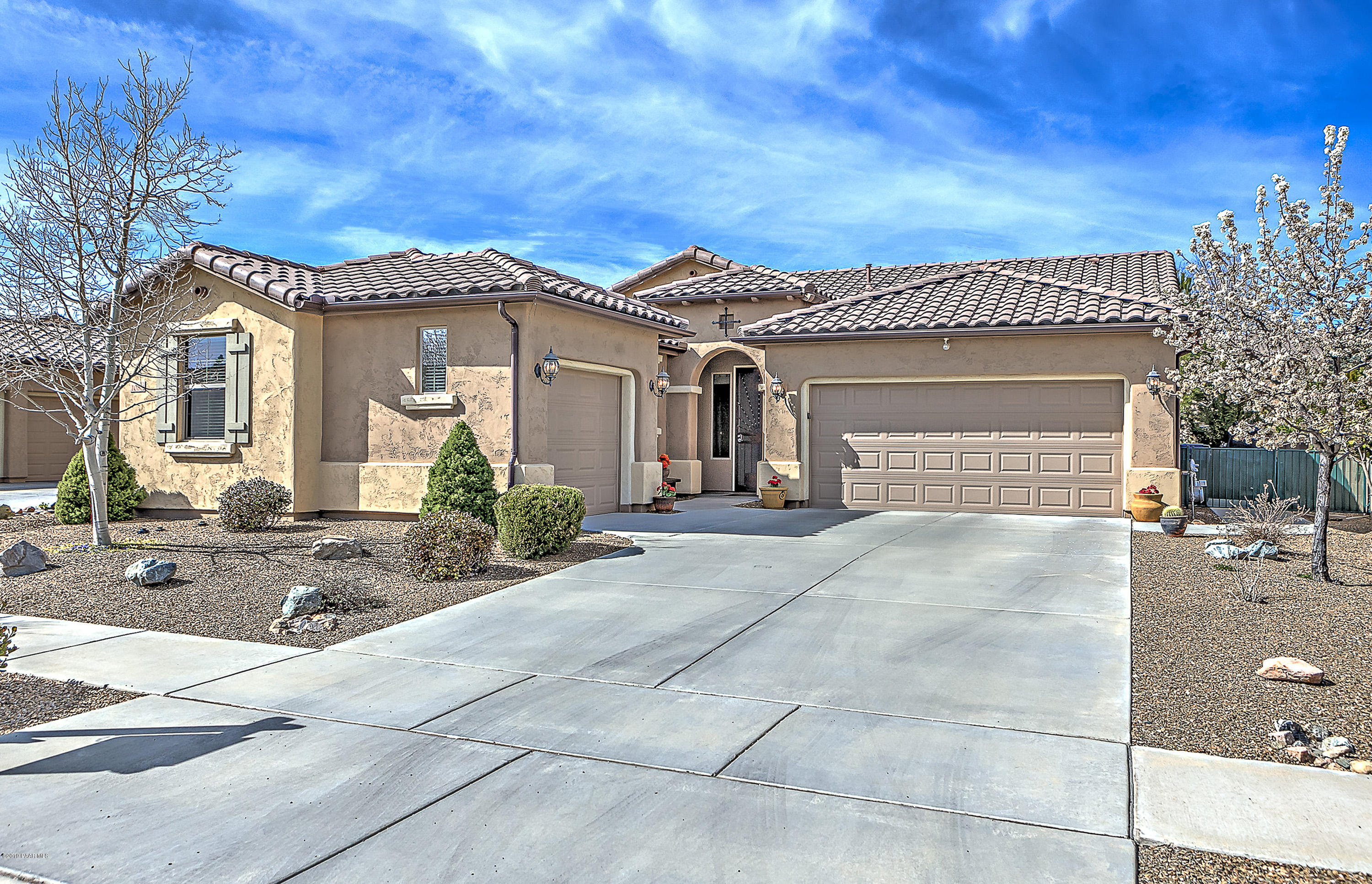 Photo of 1088 Rigo Ranch, Prescott Valley, AZ 86314