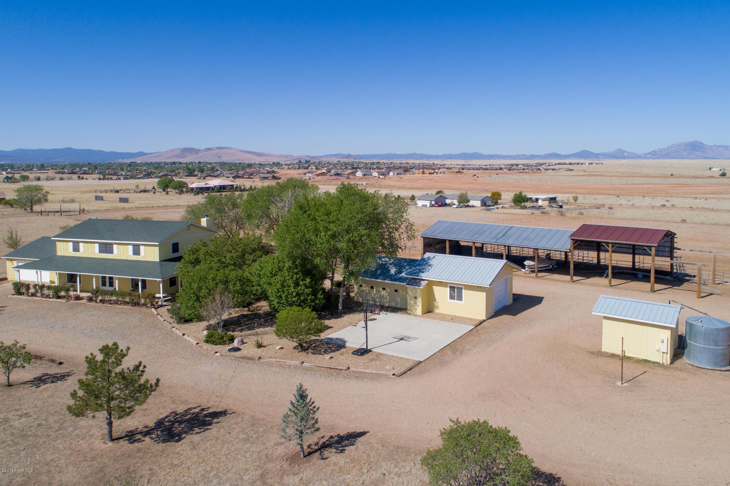 8820 N Lawrence Lane, Prescott Valley, Arizona