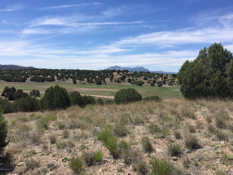 Photo of 8201 Dillon Wash, Prescott, AZ 86305