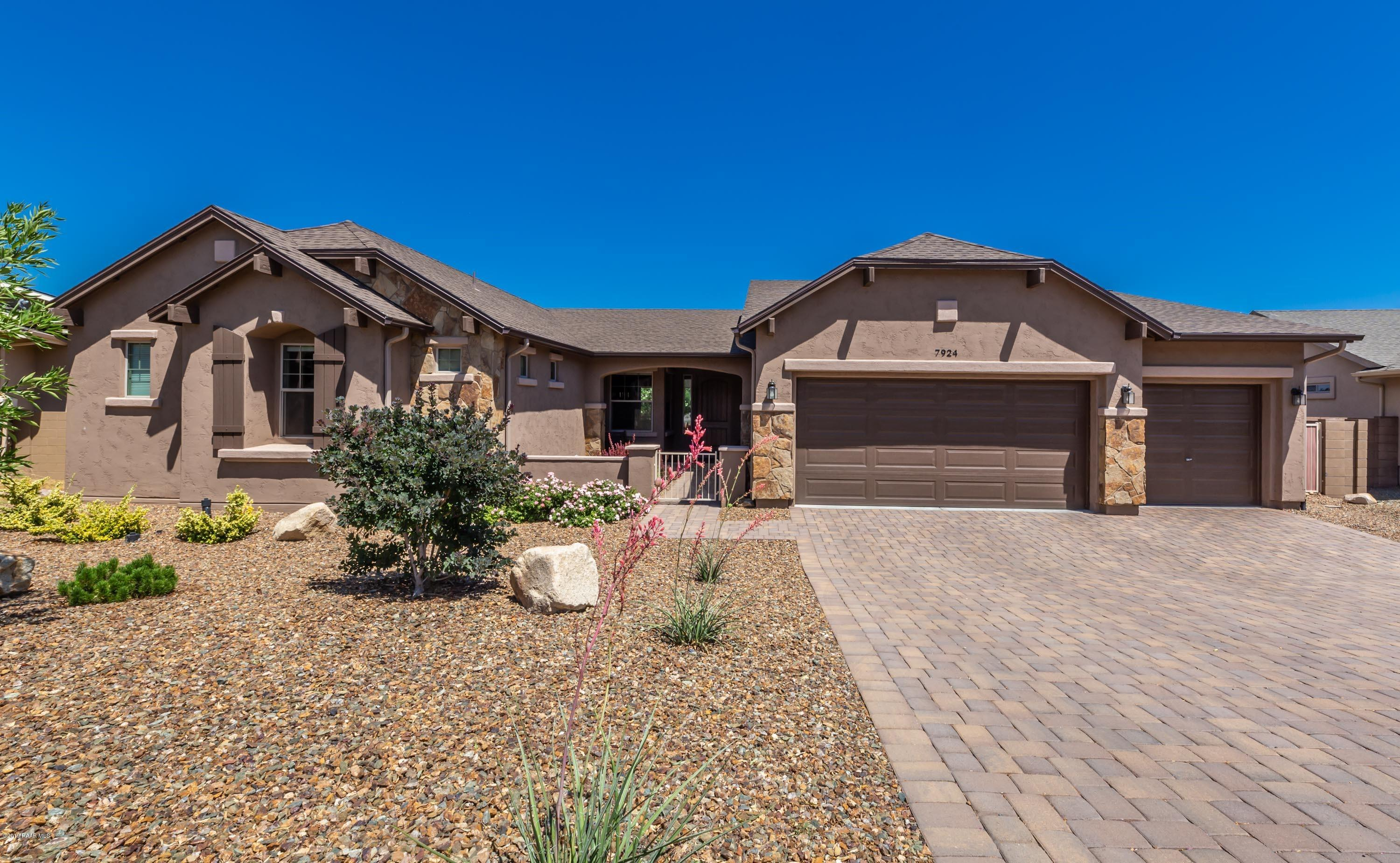 7924 E Sleepy Owl Way, Prescott Valley, Arizona