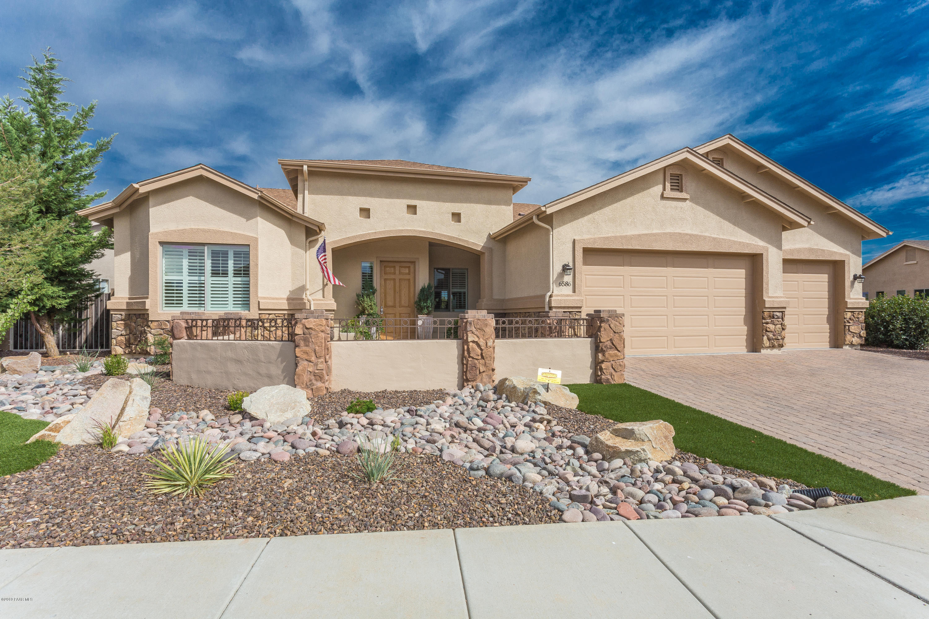 6586 E Falon Lane, Prescott Valley, Arizona